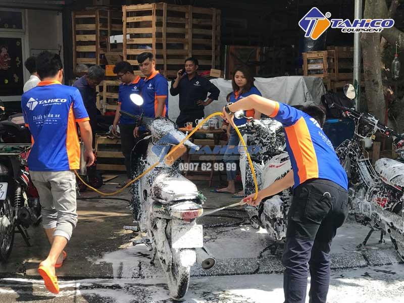 Có nhiều loại máy rửa xe trên thị trường với công dụng và mục đích khác nhau