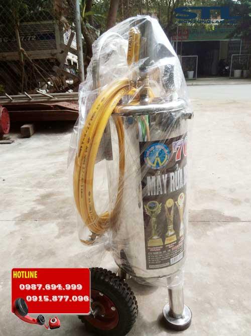 binh phun bot tuyet 702 dung tich 24 lit