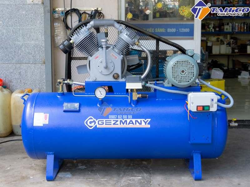 Máy nén khí rửa xe Gezmany GZ300
