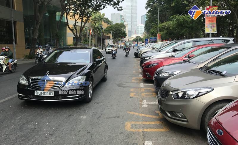 Cần đóng thuế giữ xe theo quy định