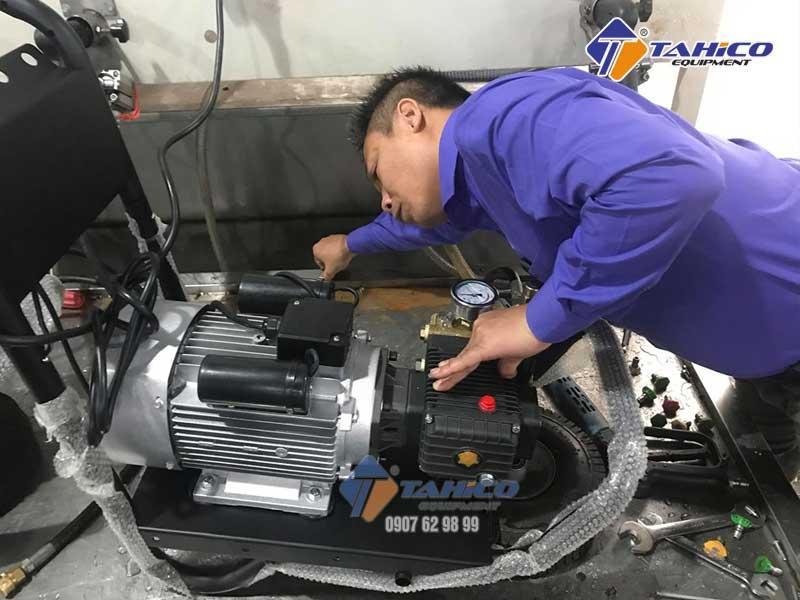 Sử dụng vận hành máy rửa xe áp lực đúng cách