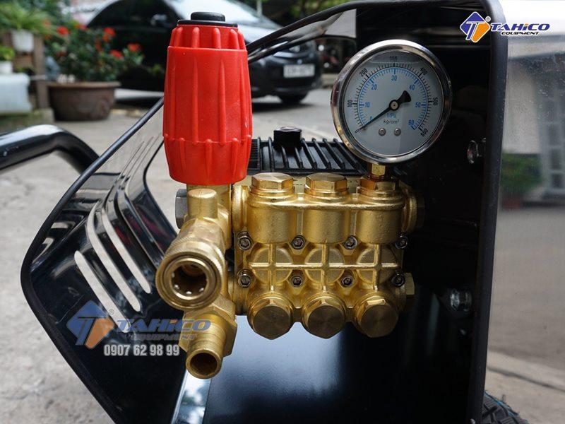 Bộ van máy rửa xe cao áp giúp máy vận hành an toàn